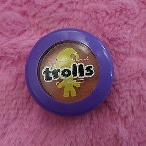 MAC trolls Eyeshadow